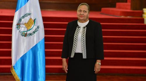 Juramentan a María Consuelo Porras como Fiscal General y jefa del MP