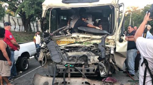 Un viaje escolar terminó en un terrible accidente en Zacapa