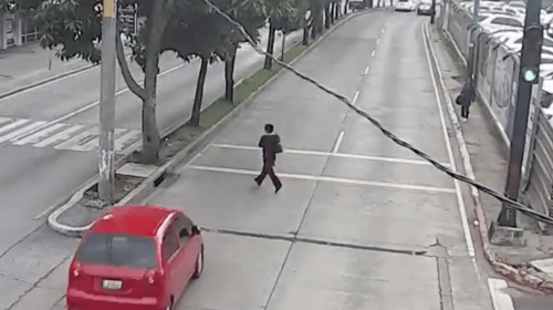 Video: atropellan a una mujer en zona 10