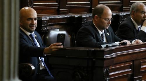 Exdiputado no aparece en audiencia y MP pide su captura