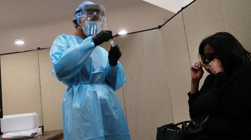 Primer día en que se registran más de 100 contagiados en 24 horas