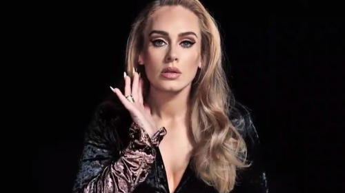 Adele asombró por su físico al aparecer en Saturday Night Live