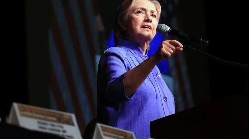 WikiLeaks dice tener más de mil correos de Hillary Clinton