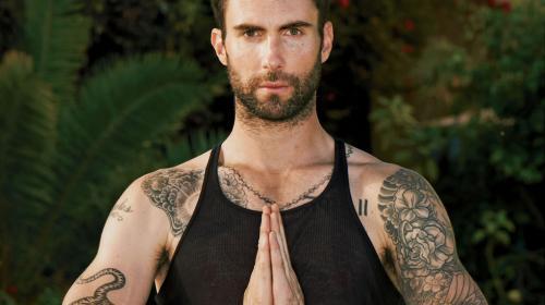 Vocalista de Maroon 5 es el hombre más sexy del mundo