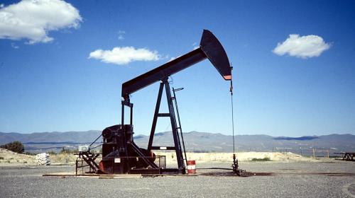 Aumenta el precio del petróleo tras acuerdo de la OPEP