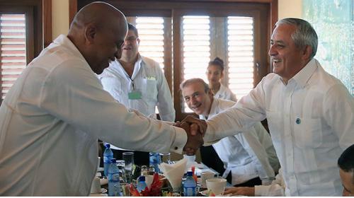 Guatemala y Belice firman 13 acuerdos de cooperación