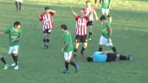 Brutal agresión a un árbitro en Argentina por una tarjeta amarilla