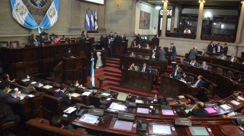"""Congreso aprueba en """"Jitanjáfora"""" honores para Miguel Ángel Asturias"""