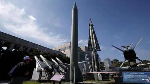 Corea del Norte reactiva programa de misiles nucleares y desafía