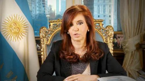 Cristina Fernández regresa triunfal para declarar ante la justicia