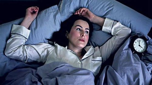 5 tips para dormir si te sientes cansado todo el tiempo