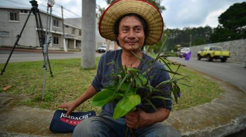 El admirador que intentó llevarle flores a Baldetti al Hospital