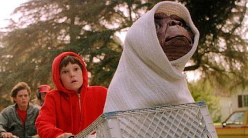 """Así luce el niño de """"E.T."""" 35 años después del estreno de la película"""