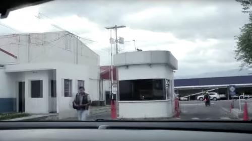 """El video del reto del """"puyón"""" en el aeropuerto es un montaje"""