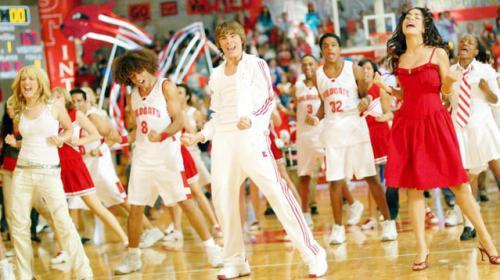 Protagonistas de High School Musical se reúnen para cantar