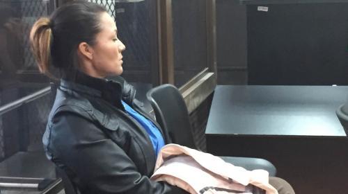 """A prisión esposa del alcalde que trajo al """"Buki"""" y manejó Q80 millones"""