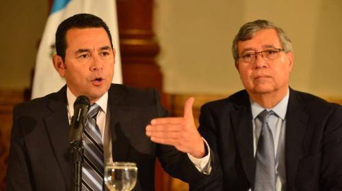 ¿Cuánto le pagarán mensualmente a Jimmy Morales y Jafeth Cabrera?