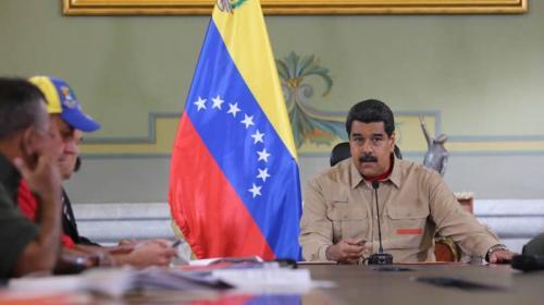 Maduro anuncia que ya circulan billetes de 500 bolívares en Venezuela