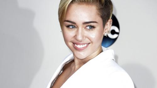 Roban joyas en casa de Miley Cyrus