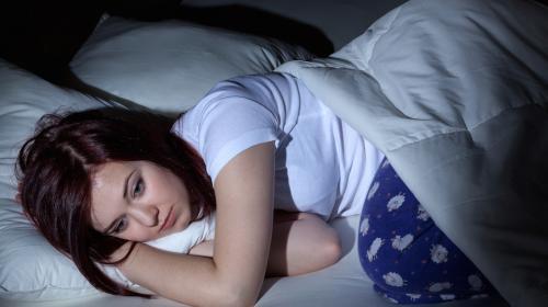 ¿Cómo sobrevivir a una constante falta de sueño?