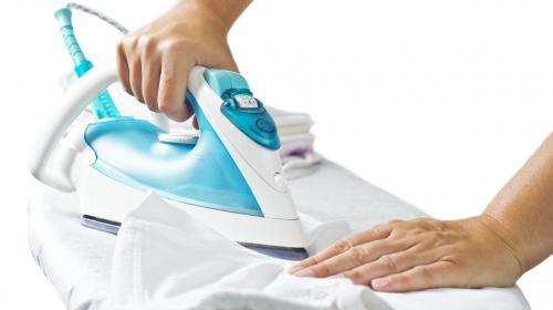 Consejos para planchar tu ropa cuando no tengas una plancha a mano