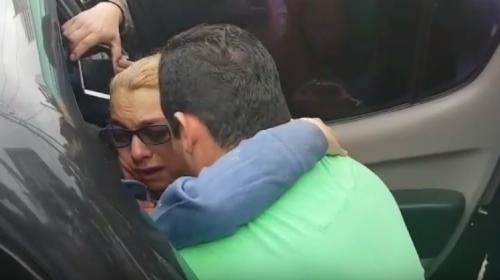 Así fue el reencuentro del menor secuestrado con sus padres
