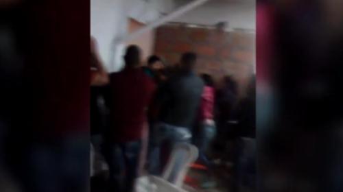 Pelea dentro de una iglesia evangélica en Colombia deja siete heridos
