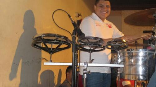 Secuestran a músico en pleno concierto en México y luego lo asesinan