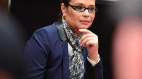 Roxana Baldetti está en reposo absoluto en hospital, dice su abogado