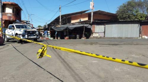 Pasajero mata a ladrón en un bus urbano y queda grabado en video