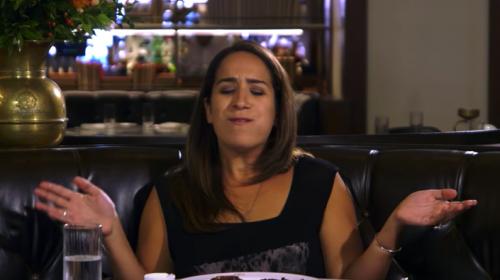 Mira la reacción de una vegetariana al comer carne después de 22 años