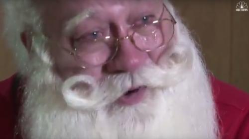 Una triste historia de navidad: un niño muere en los brazos de Santa