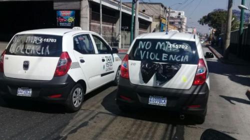 Así es la vida de un taxista en Guatemala