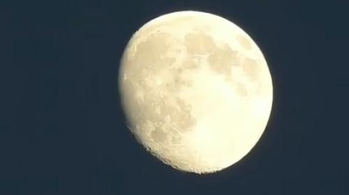 Video te lleva de la Tierra a la luna en 30 segundos