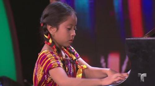 Prodigiosa pianista guatemalteca se luce en programa de Don Francisco