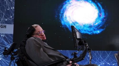 Hawking: Los asteroides son una seria amenaza para la Tierra