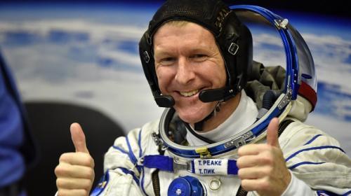 La necesaria y complicada tarea de los astronautas para ir al baño