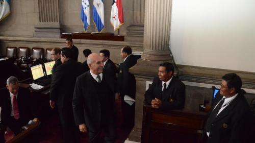 Video: así bromea Mario Taracena durante una sesión del Congreso