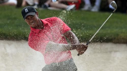 Tiger Woods sale del Top 100 del golf tras 20 años de carrera