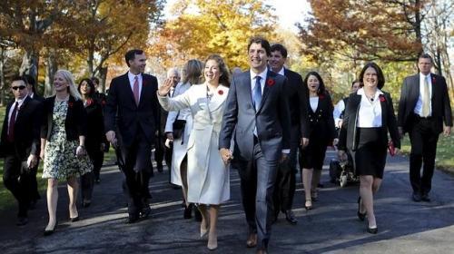 Equidad de género en el gabinete de ministros de Trudeau en Canadá