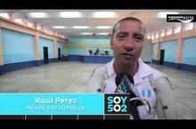 Raúl Pérez, atleta paralímpico acudió a votar.
