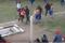 Futbolista agrede a árbitro y ni la Policía lo puede detener foto