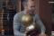 Andrés Iniesta recibe el balón de oro foto