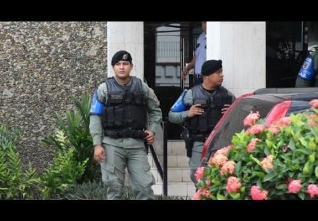 Justicia panameña registra las oficinas de Mossack Fonseca