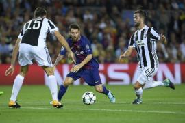 Gol de Messi a Buffon foto