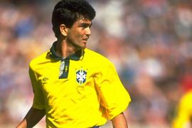 Bebeto anotó un gol memorable ante Argentina en la Copa América de 1989
