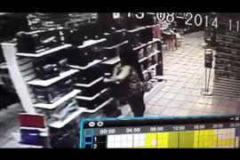 Denuncia viral: cámara de vigilancia capta a ladrones en plena acción