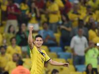 James Rodríguez se quedó con los premios a Goleador del Mundial y Mejor Gol del Mundial