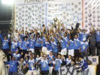 Comunicaciones levantó su sexta copa consecutiva como campeón de la Liga Mayor del fútbol nacional