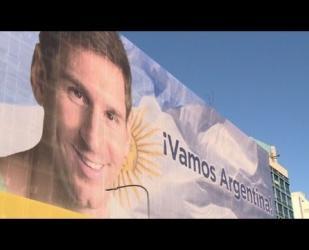 Argentina confía su victoria a Messi y al Papa